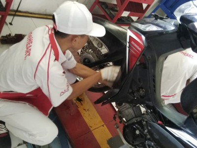 Ujian Kompetensi Keahlian Teknik Bisnis & Sepeda Motor Honda